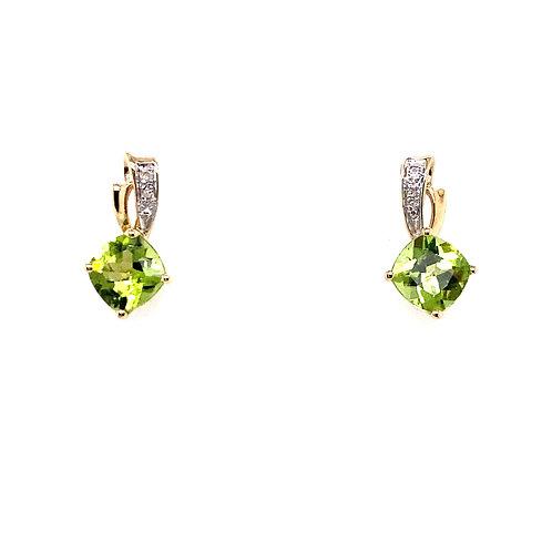 Estate 10kt Yellow Gold Peridot Earrings