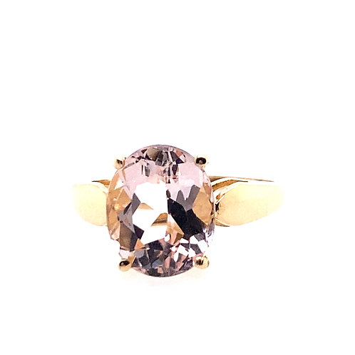 Estate 14kt Yellow Gold Oval Morganite Ring