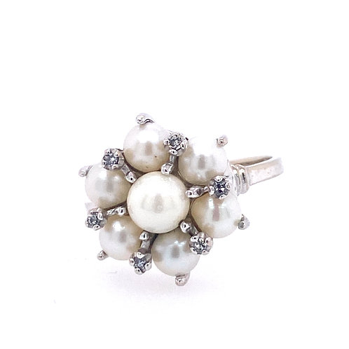Estate 14kt White Gold Cultured Pearl Cluster And Diamond Ring