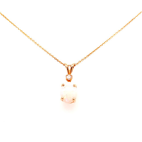 Estate 14kt Yellow Gold Opal And Diamond Pendant