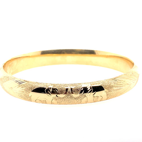 Estate 14kt Yellow Gold Diamond Cut Carved Design Bangle Bracelet