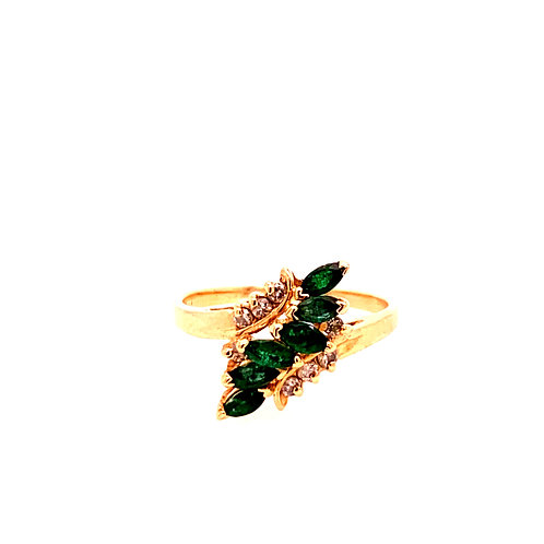 Estate 14kt Yellow Gold Emerald With Diamonds Ring