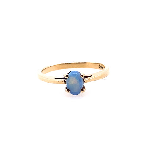 Estate 10kt Yellow Gold Opal Ring