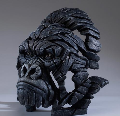 Gorilla - Edge Sculpture