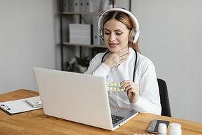 medium-shot-doctor-wearing-headphones-mi