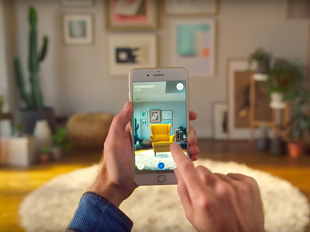 About augmented reality and virtual reality