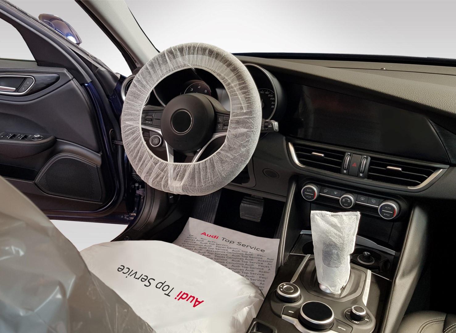SET Audi (interno auto).jpg