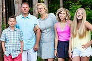 Boes family(1)_edited.png