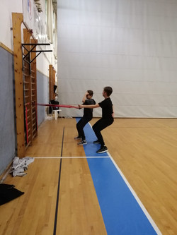 תלמידים באימון פונקציונאלי