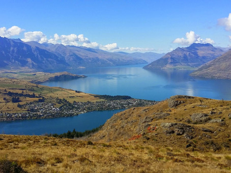 New Zealand South Island: Lakes, Mountains and Fjords