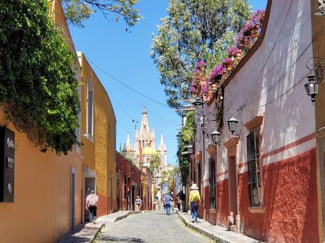 San Miguel de Allende (SMA): Colourful, Vibrant and Artistic