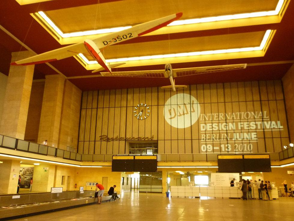 HALL DMY 2010.JPG