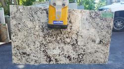 Granite 25 - 45 1/4 x 25 1/2