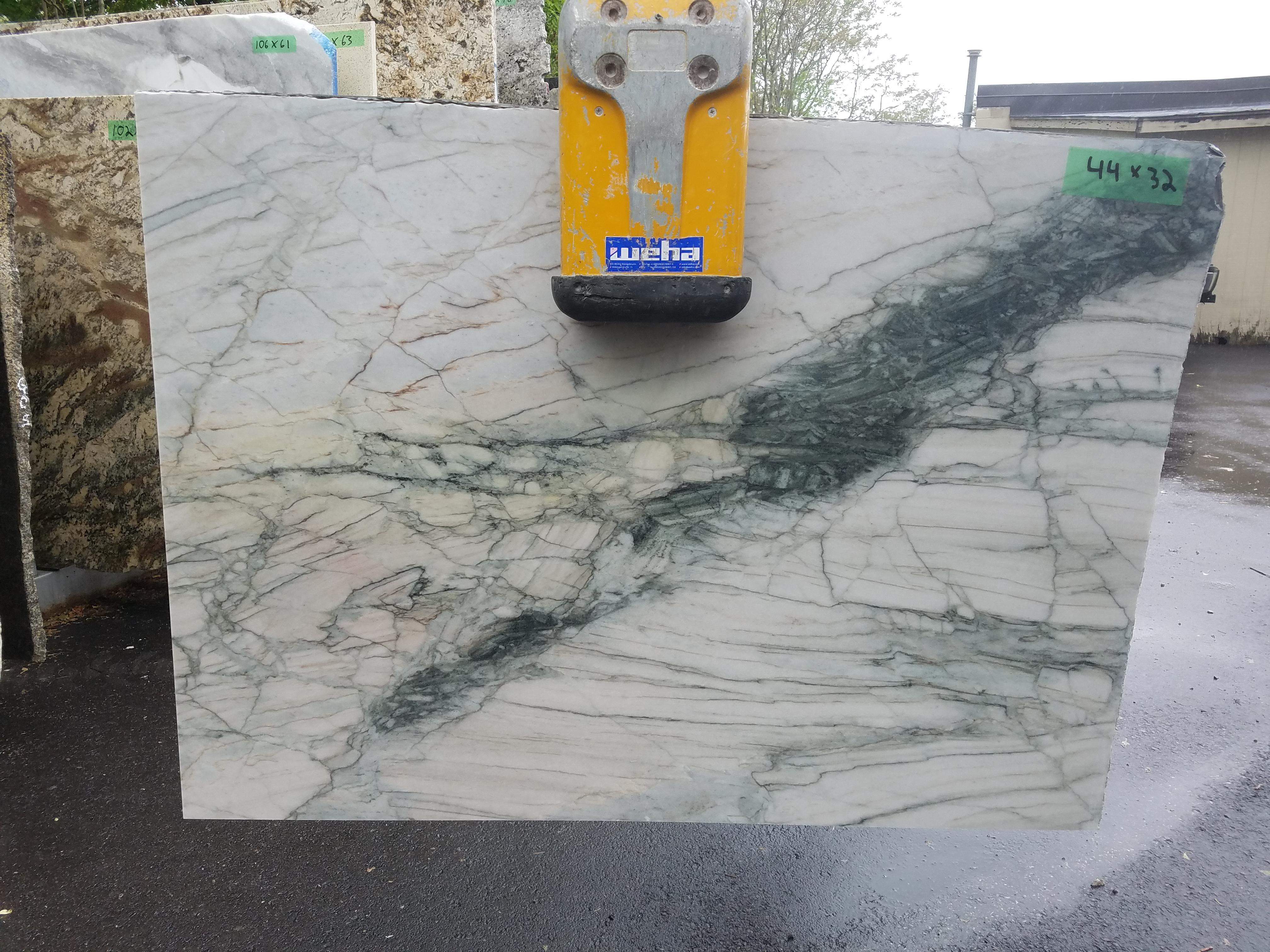 Quartzite 03 - 44 x 32
