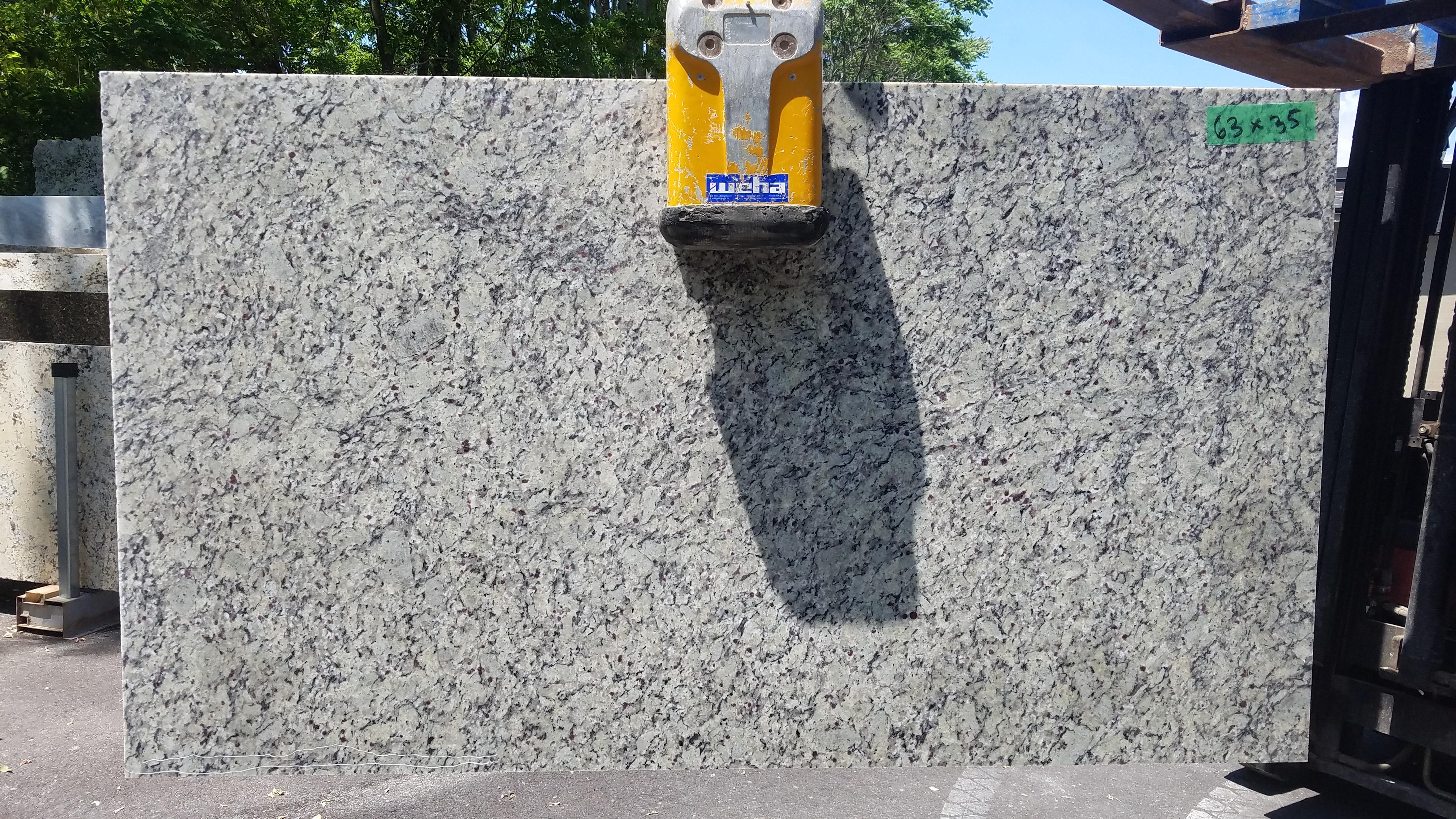 Granite 26 - 63 x 35
