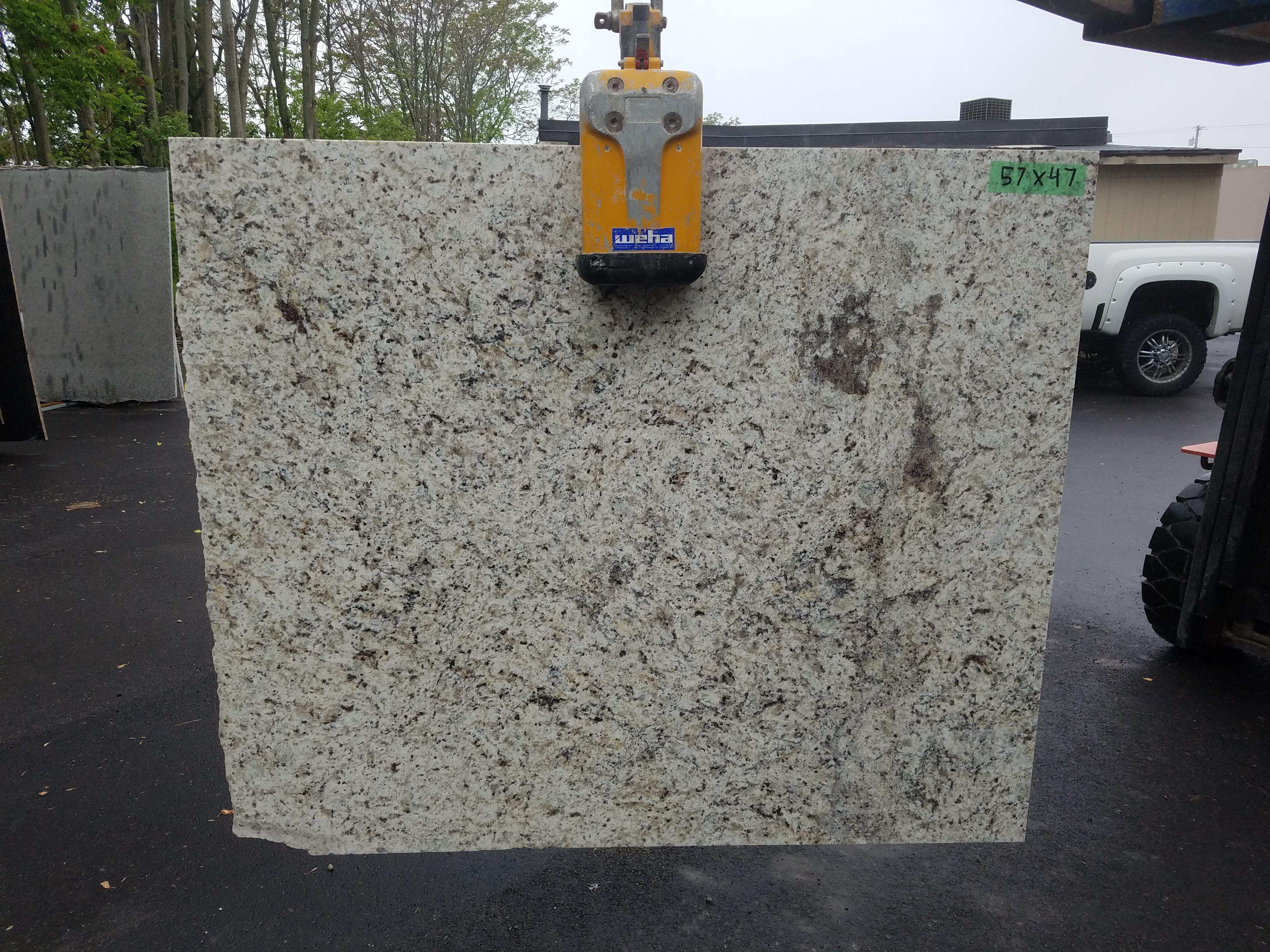 Granite 13 - 57 x 47
