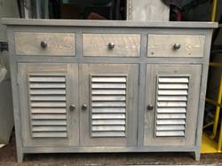 3 door 3 drawer sidebroad2.jpg