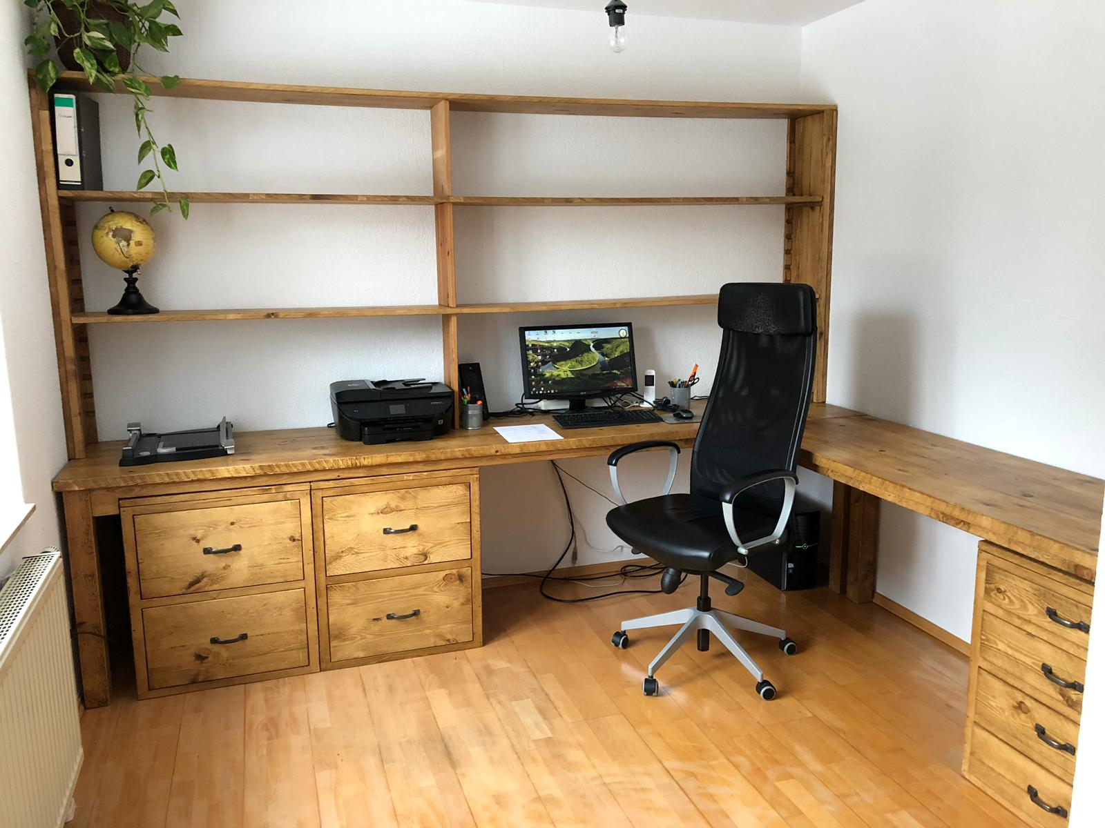 Office Desk with Shelves.JPG