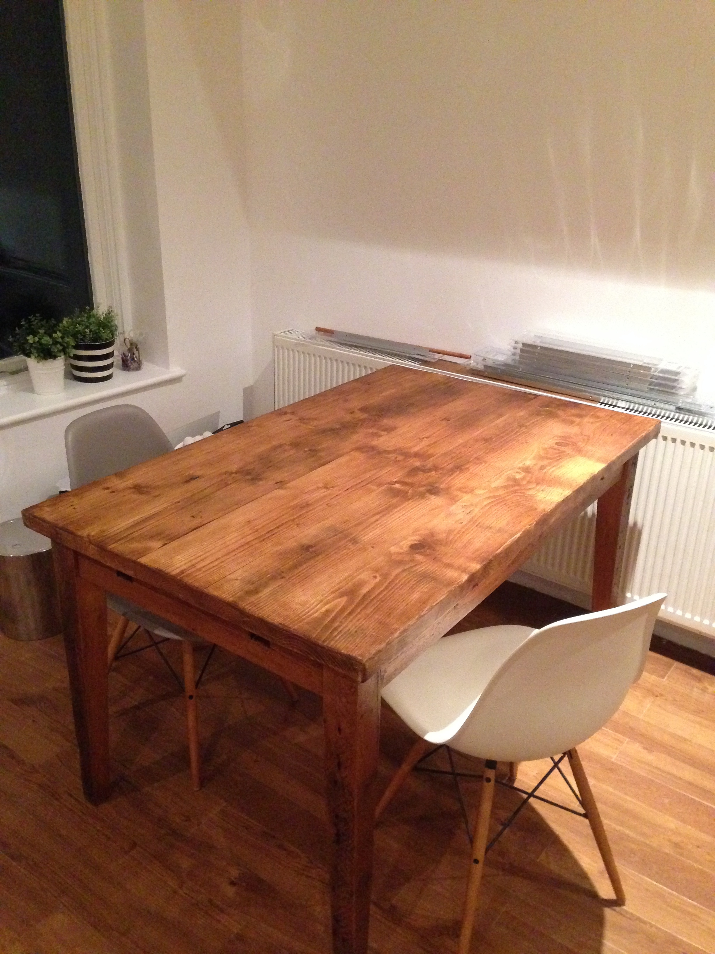 4ft table