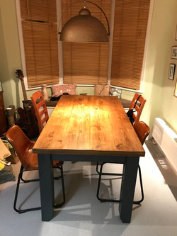 5 FT Table