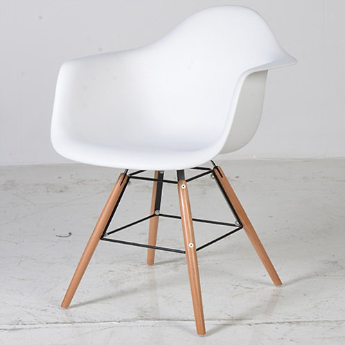 White Moulded Tub Chair