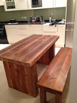 5 FT Long Cube Legs Table
