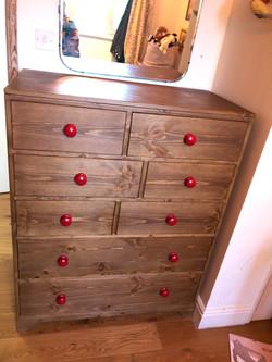 8 drawer Pine Chest of Drawer.jpg