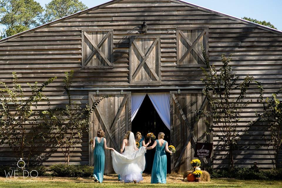 Haley & Ladies return to barn.jpg