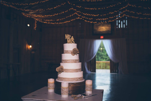 Wedding Cake |The Wedding Barn at L'Horne