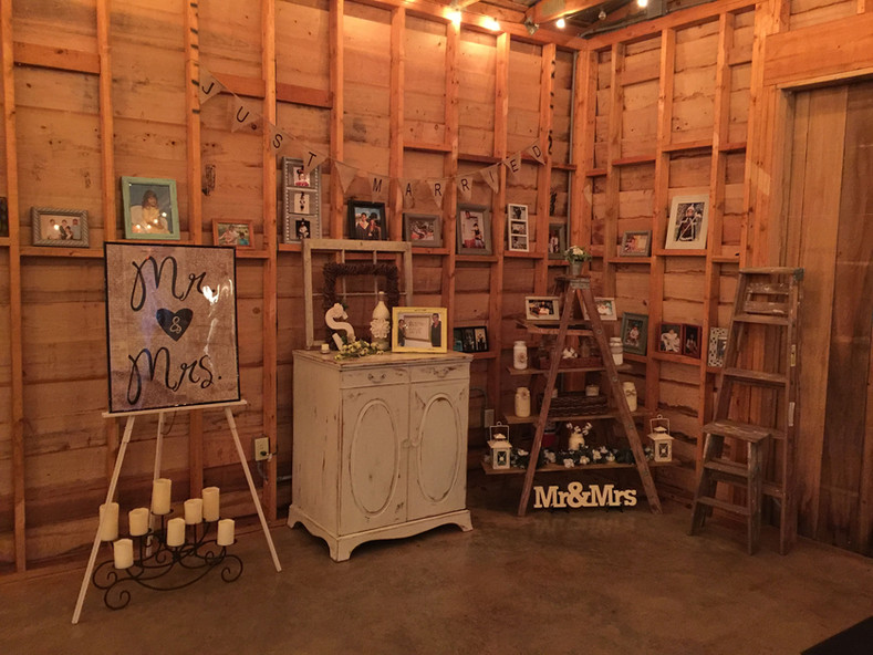 Barn decorated with pictures