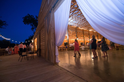 The Dance |The Wedding Barn at L'Horne