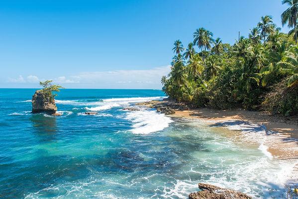 costa-rica-puerto-viejo-caribbean-beach.