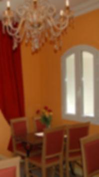 salle du petit déjeuner hotel U PALAZZU Venaco proche Corte