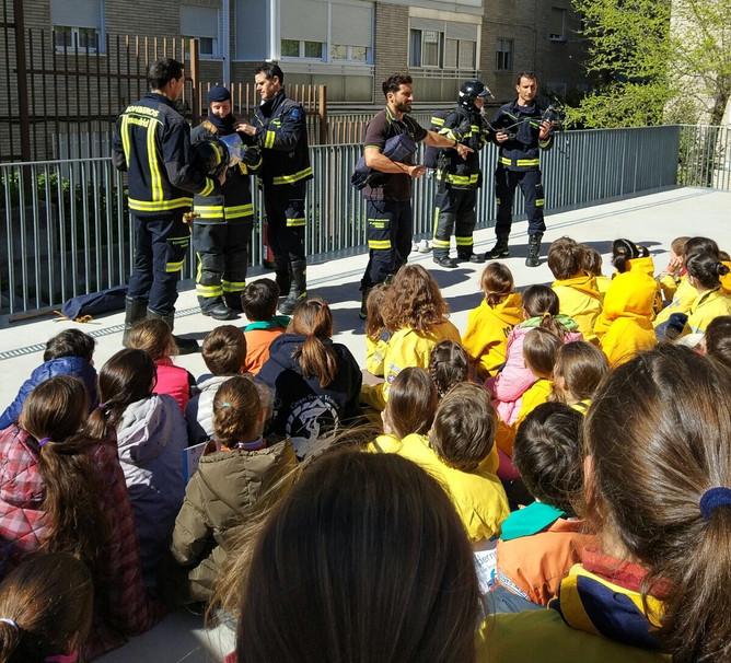 Reunión con los bomberos