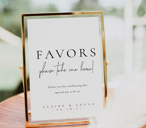 Golden Favors Sign