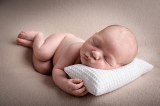 naissance-photo-faire-part-photographe-rumilly-valleiry