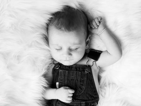 Séance photo naissance : La place de la tétine