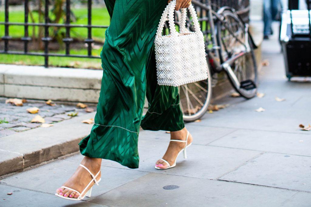summer-2019-sandal-trends-street-style_9