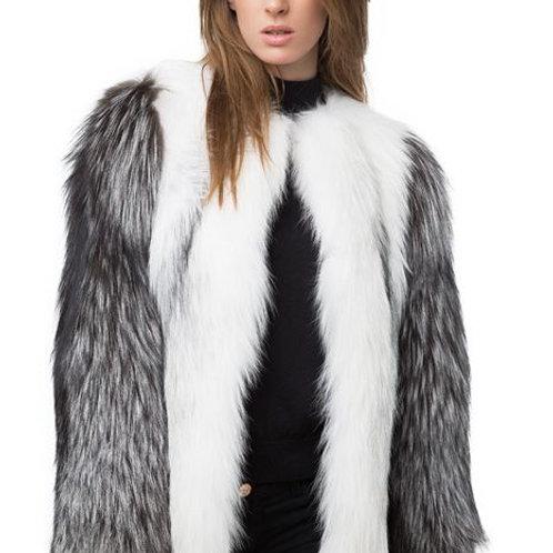 Полушубок из меха арктической лисы Saga Furs