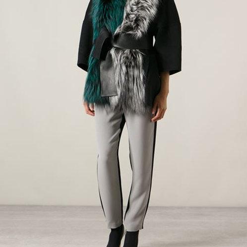 Пальто с меховыми бортами