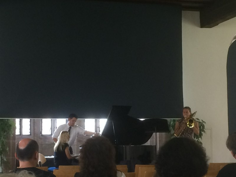 Grace performs Reiche