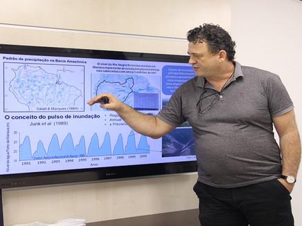Grupos de estudos do Inpa debatem impactos das mudanças climáticas nos igapós da Amazônia