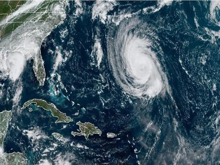 Furacão Larry provoca temporais nas Bermudas e leste do Canadá