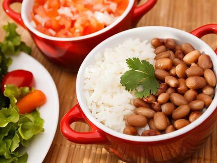 Arroz, feijão e clima: comer bem pode ajudar o planeta