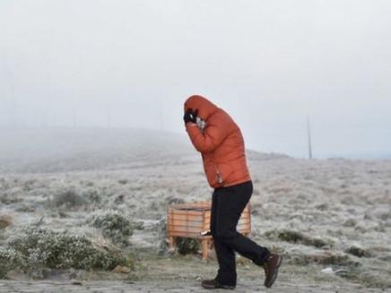 Como a neve é formada e por que é rara no Brasil, mesmo em regiões bem frias