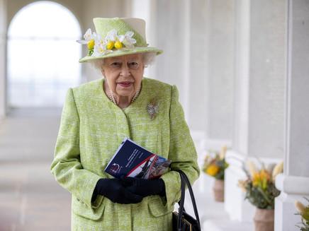 Ativistas ambientais querem que a rainha Elizabeth plante mais árvores em suas terras