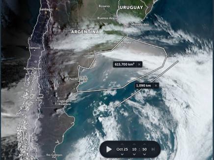 Nuvem gigante de poeira com área de 615 mil km² chega à Argentina