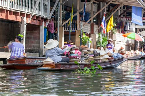 River Cao Phraya Market