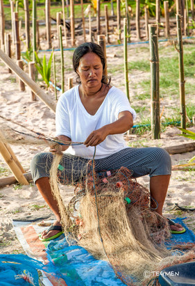 Thai Women Fishing