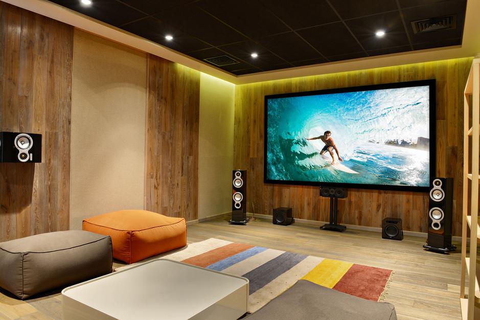 Custom Hi-Fi Home Theater